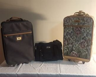 Luggage https://ctbids.com/#!/description/share/311806