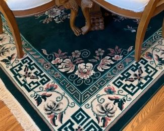 #3Crown collection rug. Green and mauve. 8'x11' $50.00