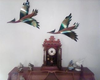 GOUNOD 8-day half hour clock, vintage wooden/metal flying ducks, piano