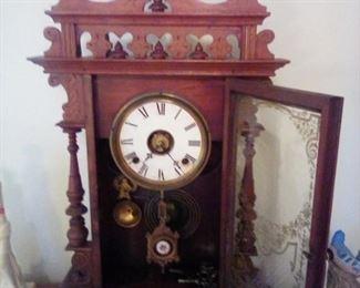 GOUNOD clock