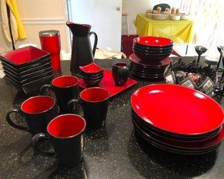 Dracula dinnerware minus the rats