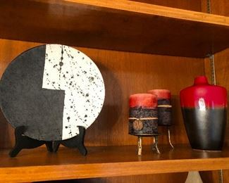Stylized Ying Yang, 3-piece ceramic set about to blow its top