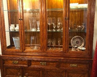 China cabinet of the 70s