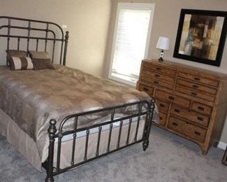 Queen size bed and Thomasville dresser.