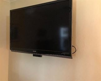Another larger tv