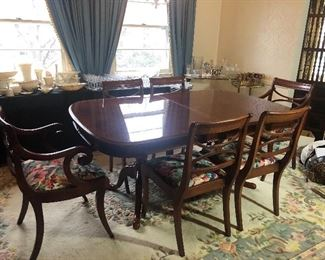 UNIVERSAL TABLE & CHAIRS