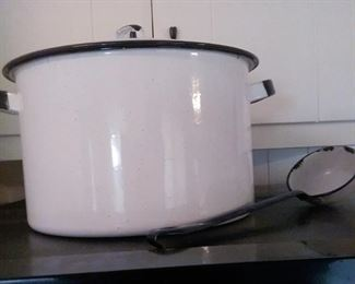 Large enameled covered pan and matching ladle