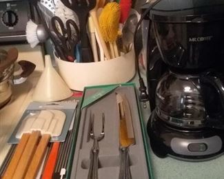 Miscellaneous kitchen utensils and mint in box carving set