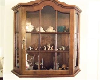 Hanging curio cabinet with lock & key
