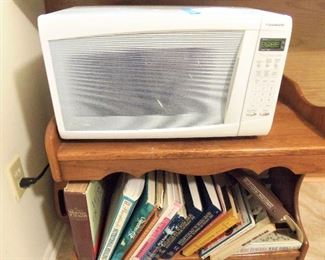Small microwave oven, cook books