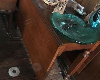 Drop Leaf Table $ 136.00