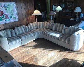 Henredon Folio 500 Vintage Sectional Sofa $ 1,800.00