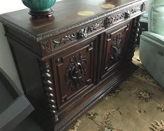 Late 19th century French carved hunting sideboard