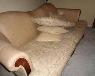 sofa, very clean