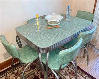 vintage Formica table with four chairs