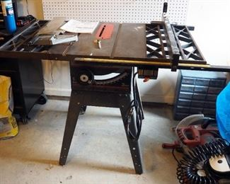 """Craftsman 10"""" Electric Table Saw Includes Blade Guard And Fence Model # 113.298762"""