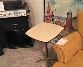A better view of the mid-century side table.