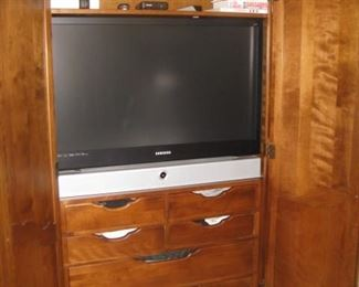 Ethan Allen armoire with rod, shelf and drawers. TV not for sale