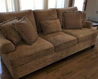 5 Pillows come with Bernhardt Sofa