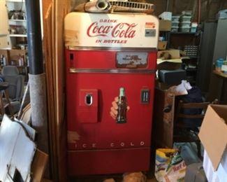 1957 Coca Cola machine