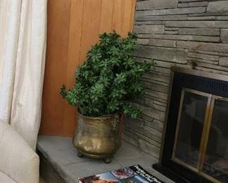 metal  basket plant stand