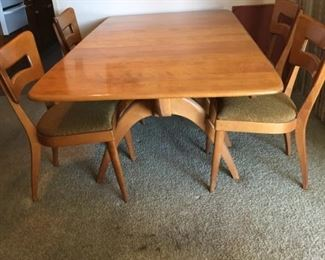 Wishbone Heywood Wakefield table with 4 dog biscuit chairs.