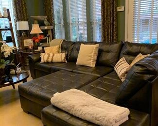 Leather 3 piece sectional sofa