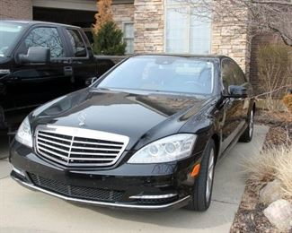 2010 Mercedes S550 Sedan, 135,000 mi. Runs Great!