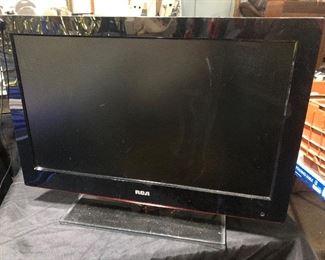 "Flatscreen 25"" tv"