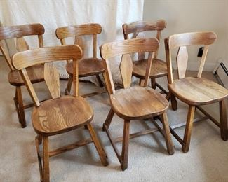 Old Hickory Furniture Co. Wooden Chairs https://ctbids.com/#!/description/share/319662