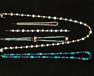 Set Of 5 Mix Lot Costume Jewelry Necklaces