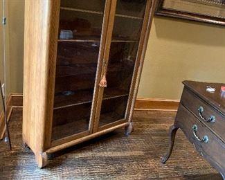 Antique Art Deco Glass Door Oak Wood Bookcase / 4 Shelf Display Cabinet