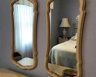 Dresser mirrors