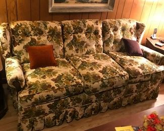 Couch (Sleeper)
