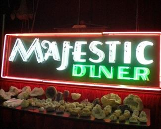 large Art Deco Majestic Diner 3 color neon sign in beautiful condition