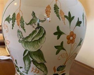 "#19Ginger Jar Asian Lamp 32"" tall $35.00"