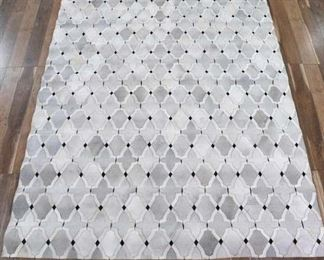 11'X8' Natural Hide Hand-Tufted Cowhide Silver Area Rug