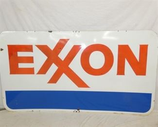 VIEW 2 OTHERSIDE PORC. EXXON SIGN