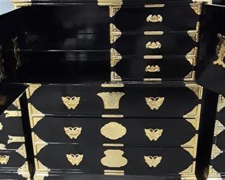 MidCentury Oriental Black Laquered Amour