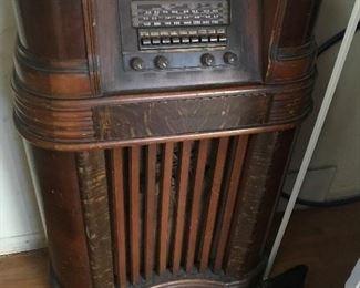 Antique Radio Cabinet $ 188.00