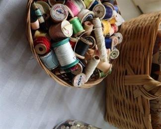 Thread, Buttons