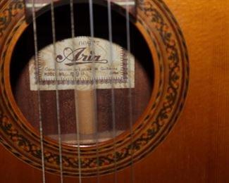 Aria Guitar