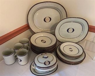 Dinnerware from the ship of Captain William Trotter (1769-1822)