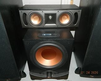 center speaker/sub-woofer