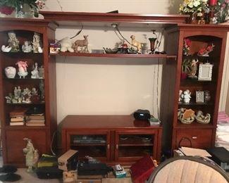 Entertainment shelving center console