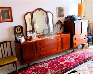 Mid Century Teak Dressing table w/ Mirror, Teak Chest of Drawers, Teak Chairs &  Oriental Persian Runners