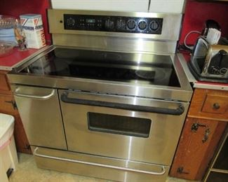 """Frigidaire 40"""" wide stainless stove"""