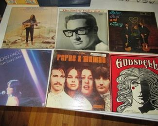 Hundreds of GREAT albums!