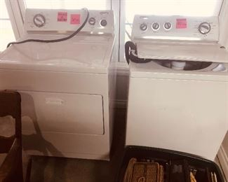 Excellent condition washed n dryer