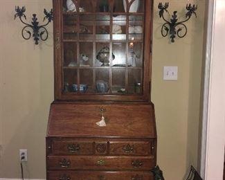 Thomasville Chippendale style Secretary Bookcase